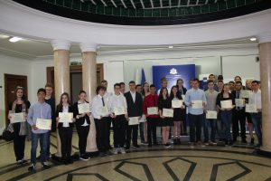 Василена и Радослав от МГ на европейски конкурс за млади учени
